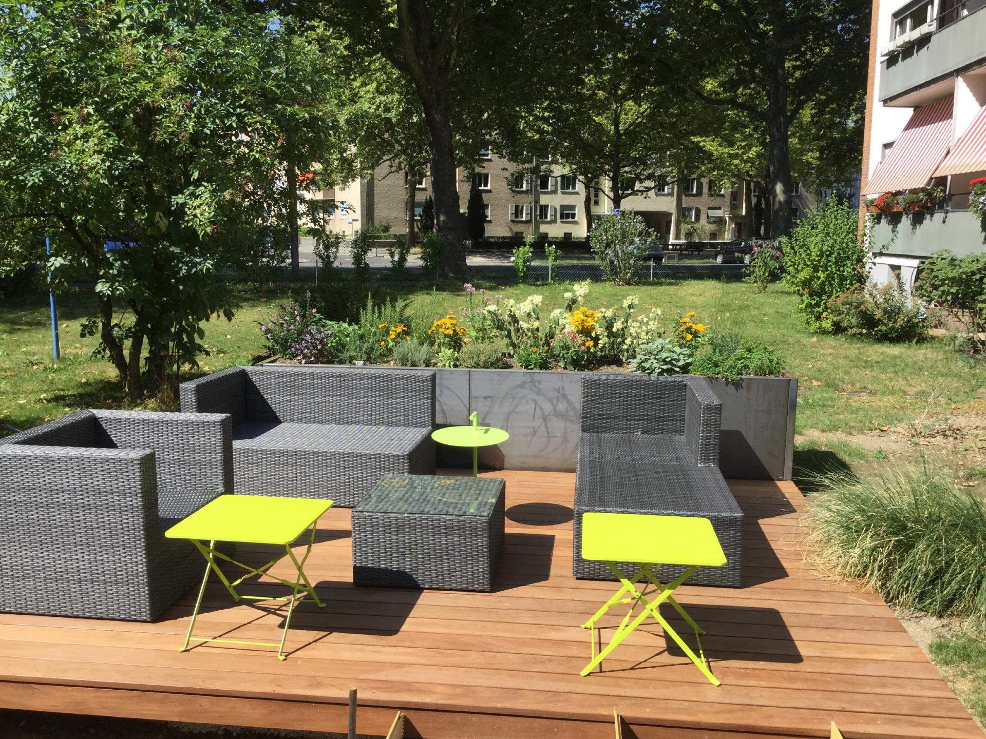 kleinbauten terrassen. Black Bedroom Furniture Sets. Home Design Ideas